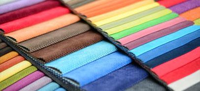 Stores sur mesure : large choix de coloris et de tissus